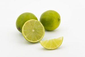 Bicarbonato con limon para dientes